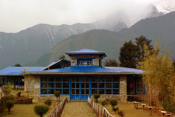 Pasang-Lhamu-Nicole-Niquille-Hospital-in-Lukla